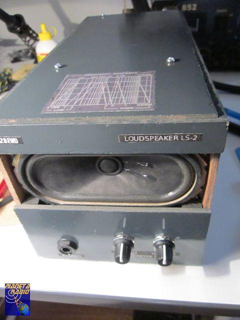Altoparlante radio con filtri – Vista controlli