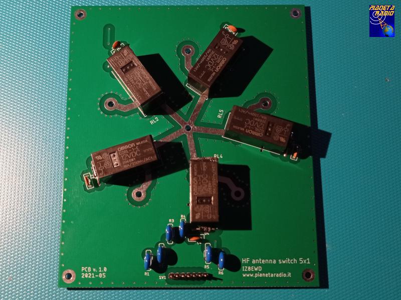Commutatore Antenna - Montaggio componenti